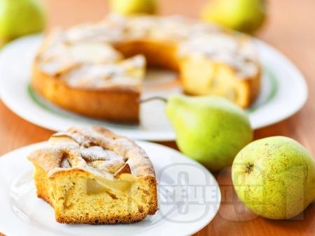 Бърз сладкиш / кекс с масло, мляко, пресни круши, канела и ванилия - снимка на рецептата